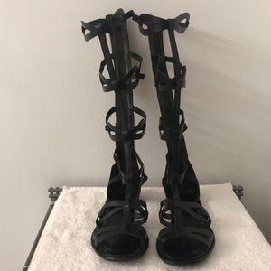 VIA SPIGA Black Leather Gladiator Sandals - 7M